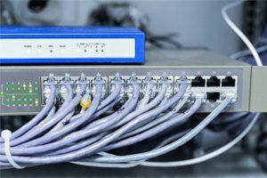 Jasa-Instalasi-Kabel-Jaringan-LAN-dan-Fiber-Optic-Profesional-Mabruka-300x200-1.jpg