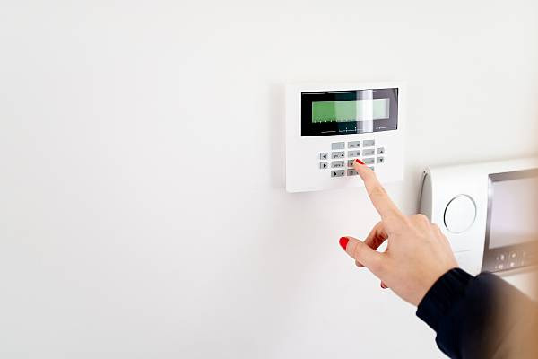 gsm-alarm-system-wireless-security-mabruka-indonesia-8.jpg